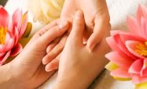 Masajul mâinilor are efect antistres