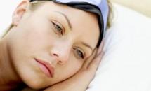 Ce pot face mamele care au născut și nu pot dormi?!