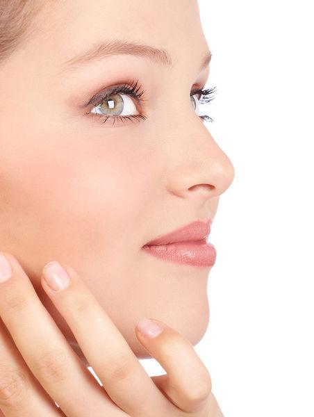 Întineriți-vă pielea cu ajutorul liftingului chirurgical