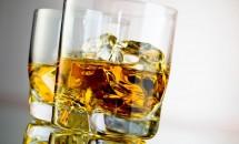 Băuturile alcoolice reprezintă un risc pentru aparitia cancerului mamar