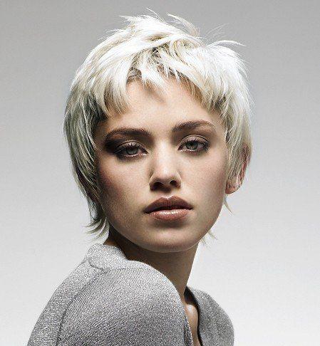 Care sunt cauzele grizonării premature a părului?