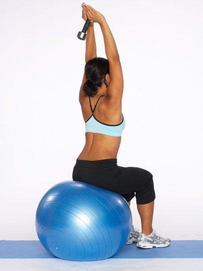 Exerciții pentru brațele moi