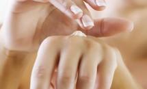Maini mai frumoase cu acid hialuronic