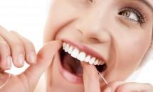 Tratamente naturiste pentru dinti albi si sanatosi