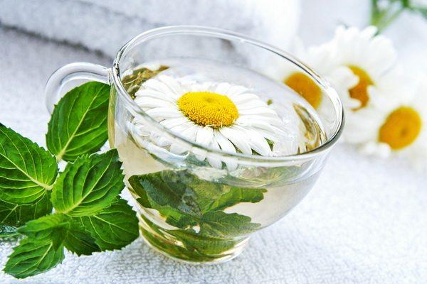 Tratamente naturiste pentru problemele digestive