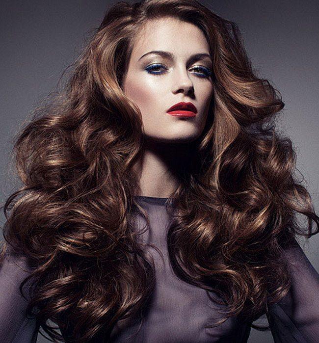 5 soluții pentru a da volum părului