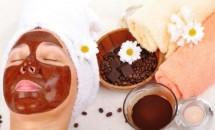 5 tratamente cu cafea pentru ten, corp și păr
