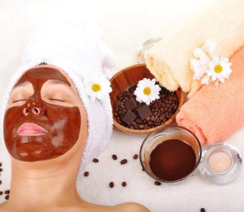 5 tratamente cu cafea pentru ten și păr