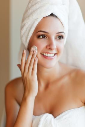 Care sunt produsele cosmetice de care trebuie să ne ferim?