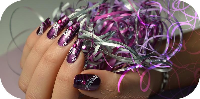 model pe unghii cu gel deosebit