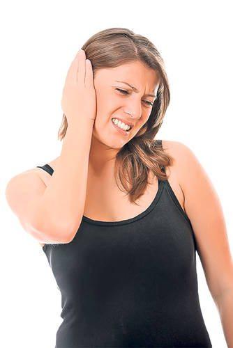 Uleiul de lumânărică vă scapă de durerile de ureche