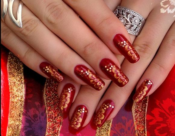 Unghii acryl rosii
