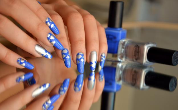 model unghii cu gel argintiu - albastru