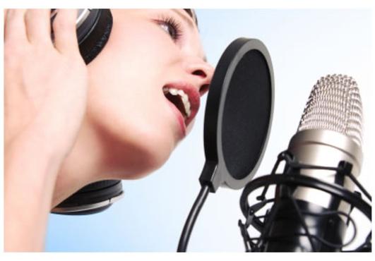 De ce ne pierdem vocea