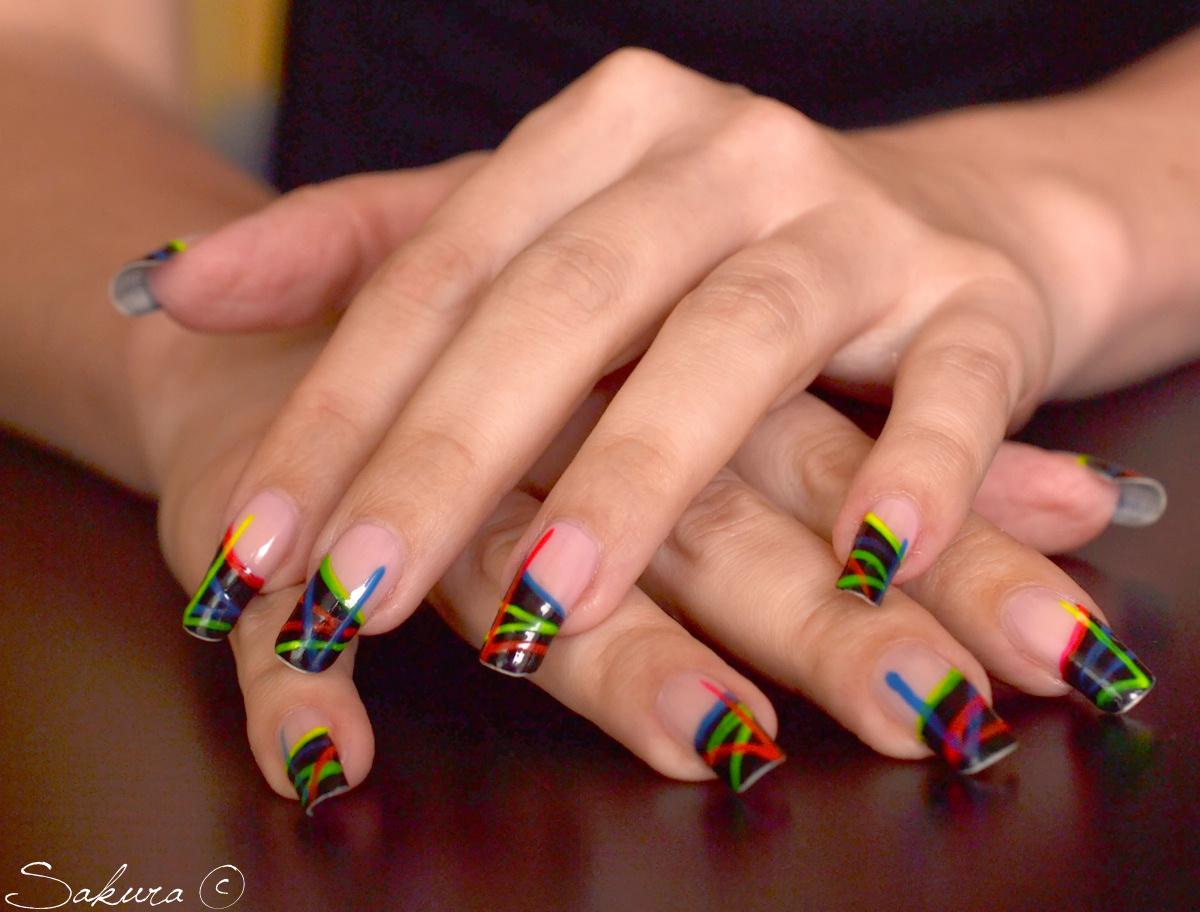 imagini cu unghii false