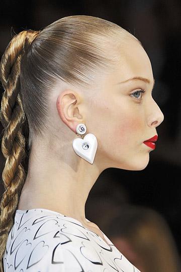 Coafuri usoare pentru par lung