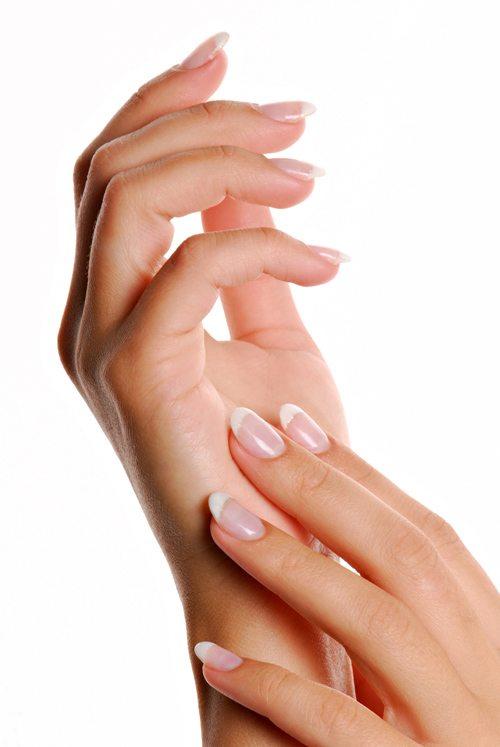 Sfaturi pentru sanatatea unghiilor