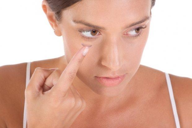 Cum sa te machiezi cand porti lentile de contact