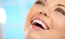 Femeile au obiceiuri dentare mai bune decat barbatii