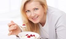 Iaurtul: antidot pentru respiratia urat mirositoare?