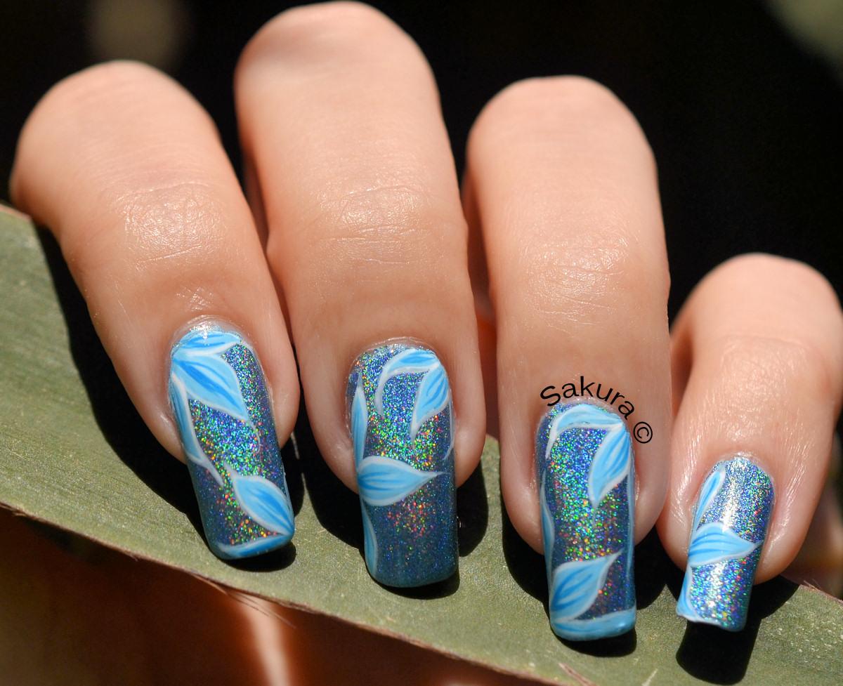 Modele unghii albastre simple