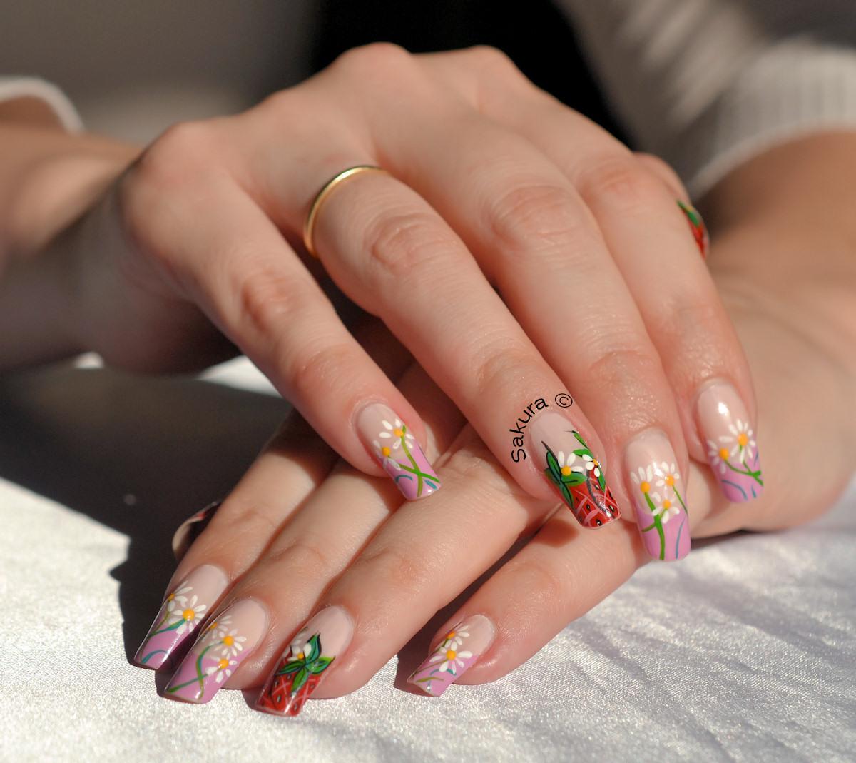 Modele unghii simple cu flori