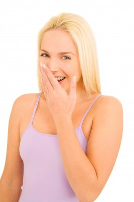Solutii bune pentru respiratia urat mirositoare