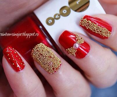 Modele de unghii pentru ziua indragostitilor