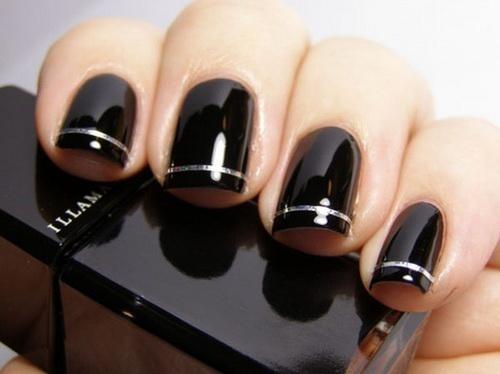 Modele de unghii simple negre