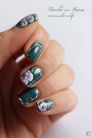 modele pe unghii naturale