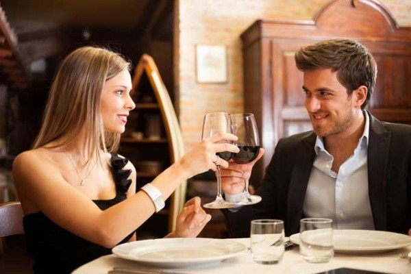 5 trucuri pentru a arata perfect la intalnire