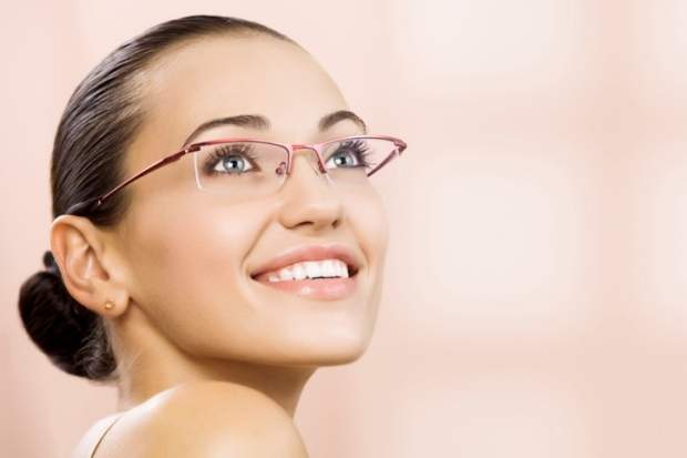 Machiaj pentru purtatoarele de ochelari