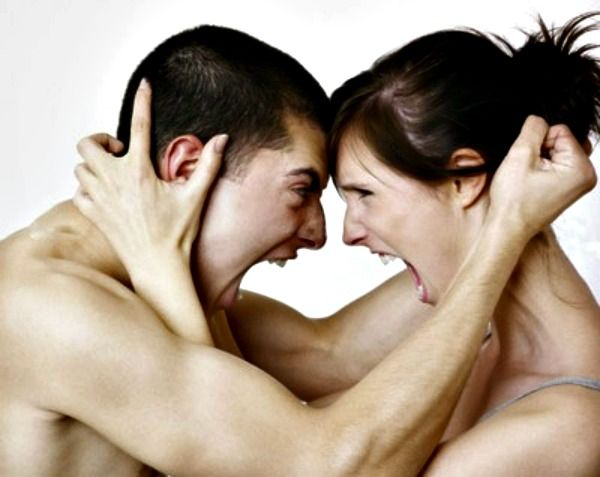 Avertismente care semnaleaza o relatie abuziva