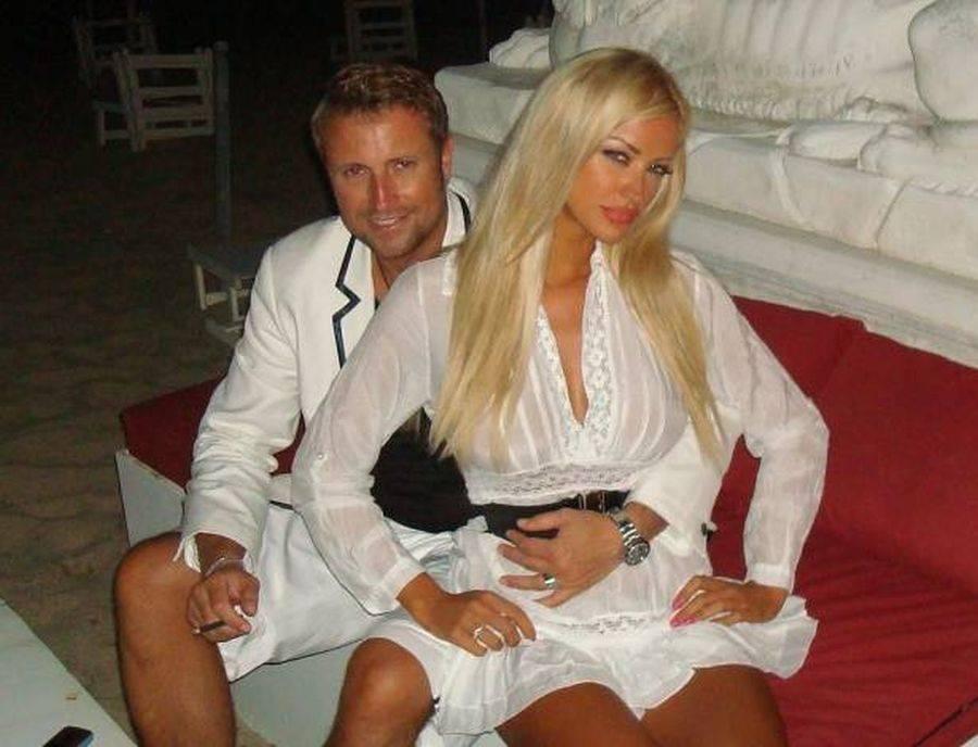 Bianca Drăguşanu nu recunoaste ca l-a invitat pe Catalin Botezatu la nunta