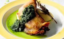 Carne de pui cu sos verde
