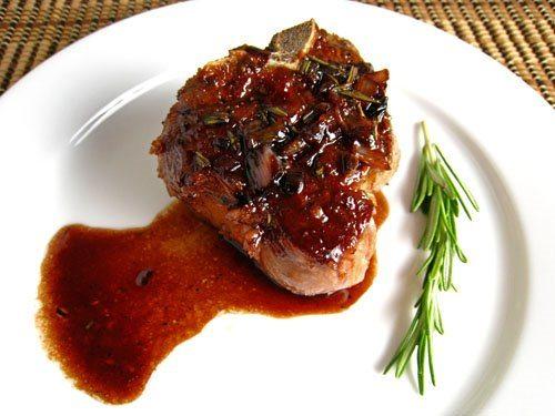 Carne de pui in sos cu sirop de rodie