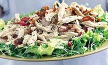 Salata de pui cu tarhon si bacon