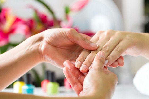 Exfolierea unghiilor - cauze si prevenire