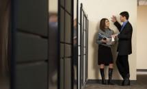 Iubirea la birou: cand are rost sa amesteci afacerile cu placerea?