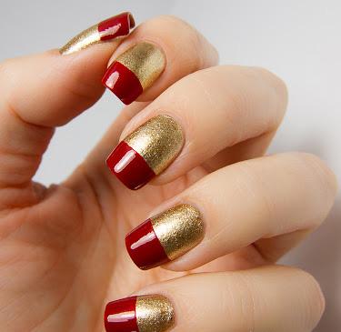 unghii french aurii cu rosu