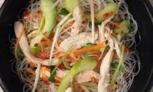 Salata cu pui in stil vietnamez