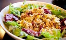 Salata exotica de pui