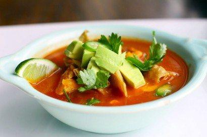 Supa cu carne de pui in stil mexican