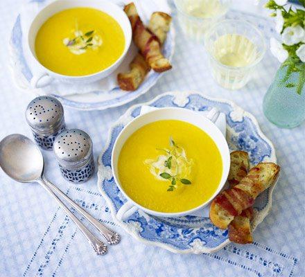 Supa de morcovi cu smantana