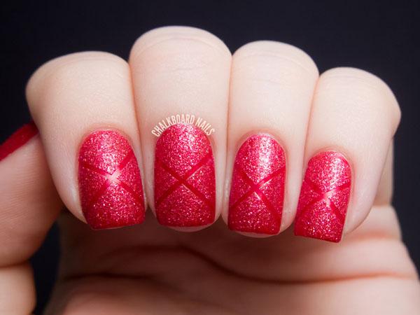 modele de unghii cu oja rosie