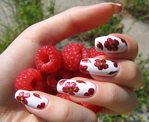 modele de unghii rosu si alb