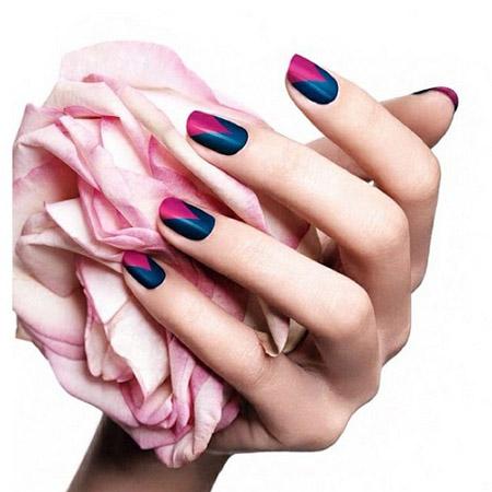 modele unghii albastre