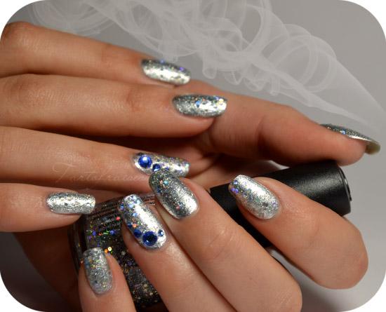 modele de unghii argintii