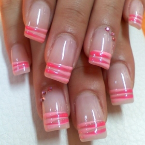 unghii french roz