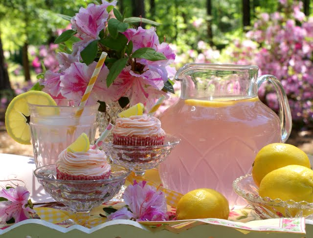 Limonada roz preparata acasa